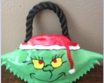 1 Hand Painted Grinch Crab Shell