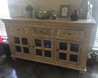 Tv console accent furniture