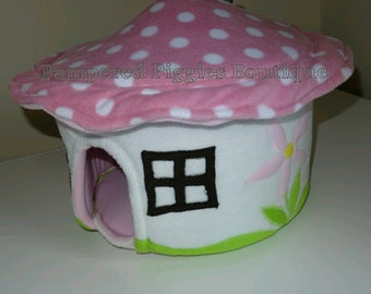 Guinea PIG Toadstool house Bed - Hedgehog RAT SMALL Pets