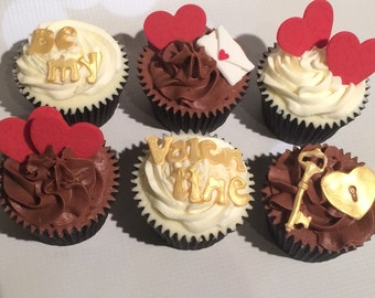 6 Delicious Vanilla, Chocolate or Lemon Cupcakes perfect for Valentine's Day Gifts