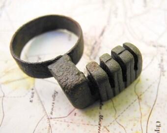 Ancient Roman, Bronze key ring,  1-5 century (FREE SHIPPING)