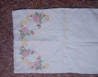 Rose and lace pillow cases