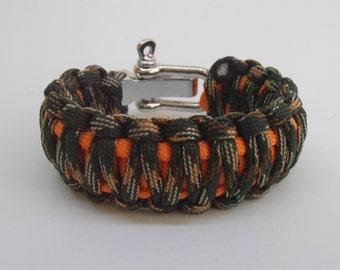Survival bracelet King Cobra with metal shackle 2 colours