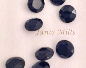 Onyx Black Faceted 5 mm round pkg of 2