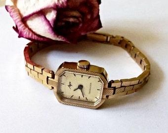 Vintage Ladies soviet watch Luch,Gold plated, made in USSR, Women's soviet watch, Vintage watch, Russian watch, AU