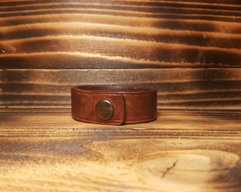 Brown Hand Made and Textured Leather Bracelet