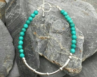 Turquoise and sterling silver bead toggle clasp bracelet