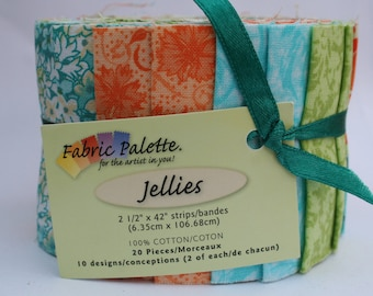 Fabric Editions Jelly Roll 2 1/2 x 42in strips 'Vintage Florals', Gifts for her, Perfect Quilting Project for Beginners, Pretty Patchwork
