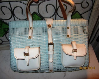 Beautiful Vintage Baby Blue Woven Lucite and Leather Pocket Large Top Handle Handbag Purse Bag Made in Hong Kong *free shipping*