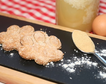 Wholemeal honey and ginger dog treats