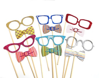 Photo Booth Props - Set of 12 Glitter Glasses & Bowties Photo Booth Props