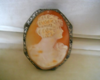 Vintage Shell Old Cameo Pin Brooch #361
