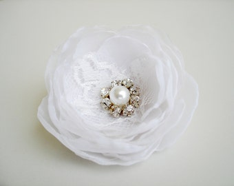 White Bridal Hair Flowers, Flower Girl Fabric Flower Hair Clip, Hair Accessories, Bridesmaid Flower Hair Pin, Organza Headpiece, Hair Piece