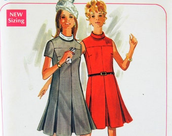 Vintage Butterick Boutique 4991 Uncut Sewing Pattern 60s A-Line Dress Size 12 (34 Bust, 36 Hip) Mid Century Fashion Dress Sewing Pattern