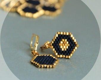 Honeycomb earrings, honey earrings, minimalist jewelry, gold-black earrings