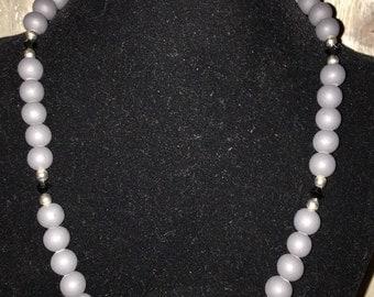 Medium length necklace