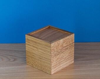 Small Wooden Box / Wooden box / Keepsake Box / Jewelry Box / Oak box / Candy box / Candy Jar / Small storage box / Desk organizer