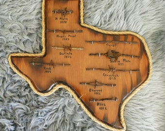 Plaque Texas State Wood Display with Antique Western 9pcs Barbed Barb Wire 1800s