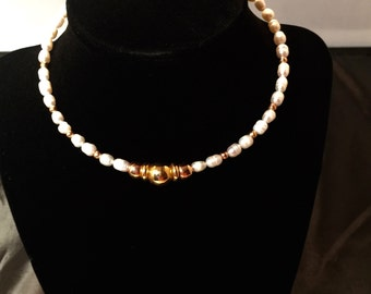 Handmade gorgeous Freshwater Pearl and 18-K Gold Necklace