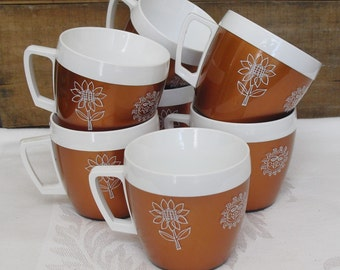 Vintage West Bend Hot Cold Mug, Four Season Thermo Serv, Set of 7 Insulated Mugs, Flower, Sun, Leaf,  Snowflake, Indoor Outdoor Camping Mugs