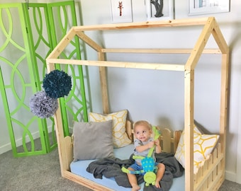 Made in US Twin Bed frame house bed + slats + chimney + picket fence + painted