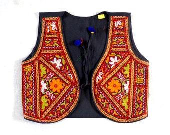 "Boho hippie Waistcoat/Tribal Gypsy Kutch Embroidered Jacket/Kutchi Embroidered Sleeveless Jacket/Party wear Waistcoat/Navratri Koti-Bust 40"""