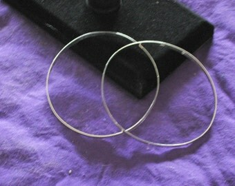 1 pair of US made Sterling Silver ribbon bangles