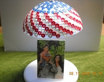 Lighted Red White & Blue Patriotic Photo Frame Umbrella, Item # U14