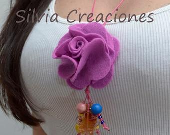 Necklace pink of felt / necklace pendant / necklace flower / rose of felt / necklace colorful / complement woman / Confeccoes