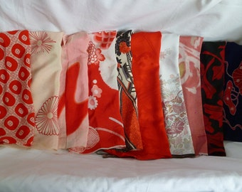 Assorted antique/vintage Kimono fabrics (Lager pieces) 150g - no.01