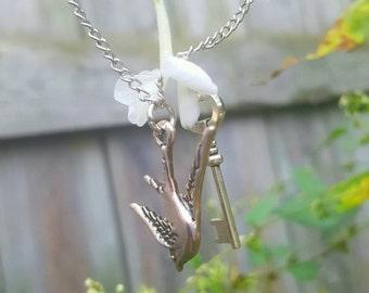 Bird key charm bracelet - silver key bird charm bracelet - sparrow key charm bracelet - sparrow key bracelet - silver key bird bracelet