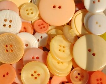 100g Peaches and Cream Button mix - Peach, Cream, Ivory - FREE UK POSTAGE