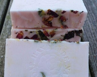 Rose Oolong Soap