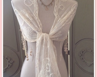 Downton Abbey Look - BridalVintage Lace Style Cream Wrap/Shawl  - Weddings, Races, Proms, Parties
