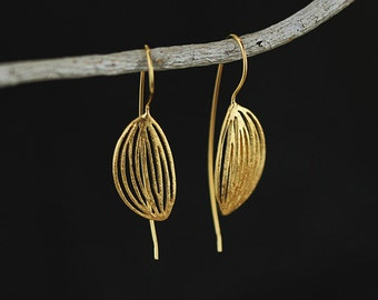 Sterling silver fill and 18k gold plating leaf shape earring