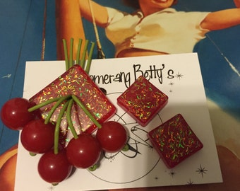 Cheery cherry red confetti lucite brooch and earrings set