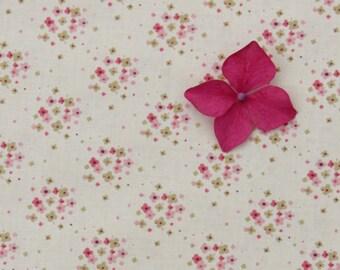 Tilda Apple Bloom FQ / Tilda Collection / Jean Dove white / Fat quarter