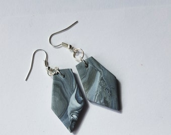 HEXA Marbled Earrings