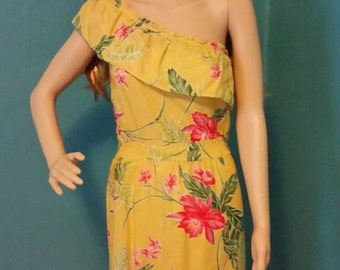Vintage 1970s Otaheite Honolulu spring Hawaiian dress