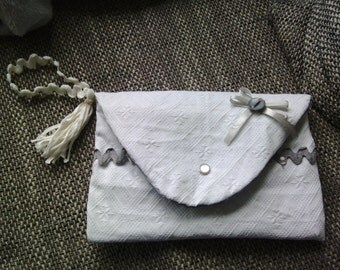 pouch handbag