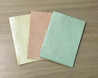 Pearl Embossed Flower Greeting Cards set of 3 (150mm x 105mm)