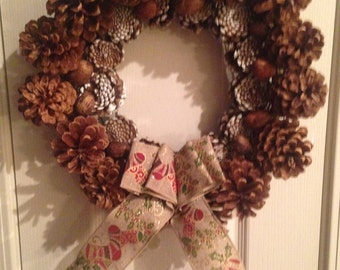 Christmas Pine Cone Wreath