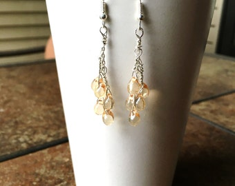Teardrop earrings with chain