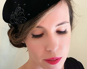 Gorgeous beaded velvet hat, Excellent condition