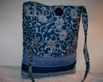 Denim blues flowers purse.  p104d