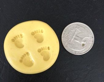 Tiny baby feet mold