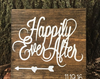 Wooden Block Sign/Happily Ever After