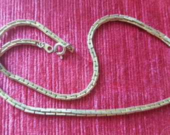 Vintage (?) Gold colour chain necklace