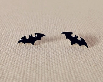 Bat stud earrings//Halloween Jewelry//Stud Earring//bat jewelry//batman earrings