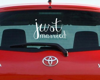 FREE SHIPPING! Just Married Wedding Car Decal!  Vinyl Send off car decal